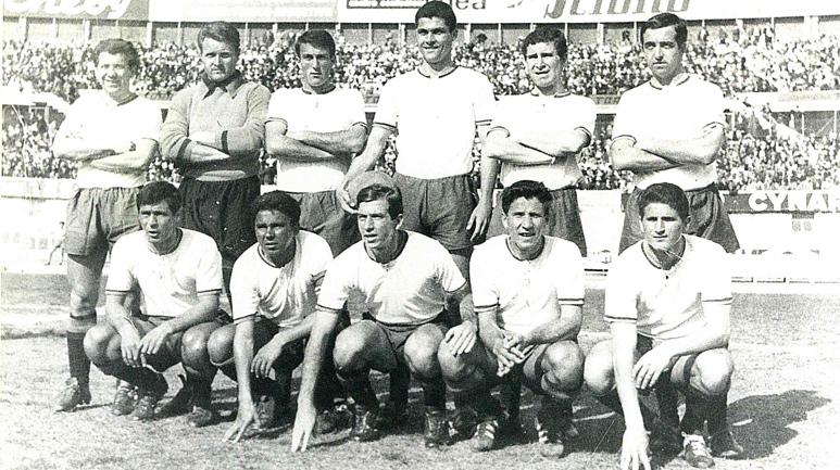 Catania 1963/64: Calavanese è il primo da sx fra gli accosciati