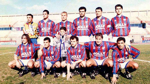 Una formazione del Catania 1994-95