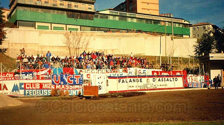 Tifosi rossazzurri presenti a Potenza nel 1994/95